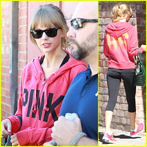 Taylor Swift Matches Sweater & Sneakers for Dance Class!