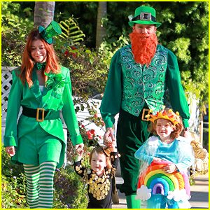 Alyson Hannigan & Family: Leprechaun Hallowen Costume 2013!