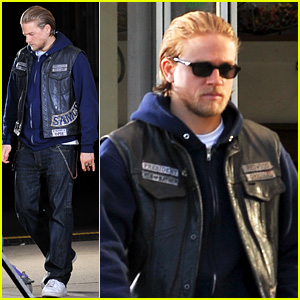 Charlie Hunnam Didn't Want Attention Like Robert Pattinson
