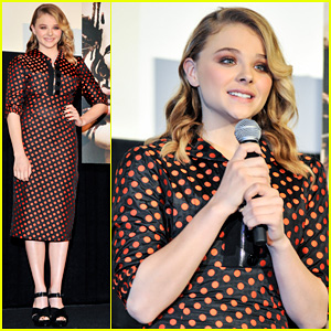 Chloe Moretz: 'Carrie' Tokyo Stage Greeting!