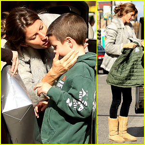 Gisele Bundchen Drops Stepson John at Train Station