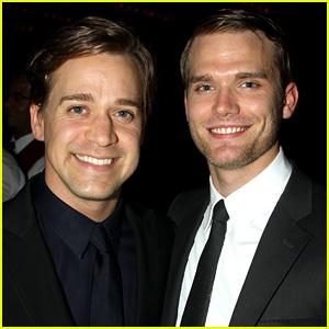 Grey's Anatomy's T.R. Knight Marries Boyfriend Patrick!