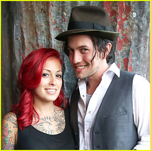 Jackson Rathbone Marries Sheila Hafsadi!