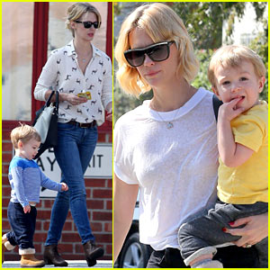 January Jones & Xander Spend Some Quality Time Together!