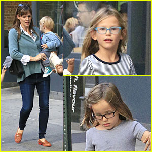 Jennifer Garner Talks Paparazzi Bill's Impact on Kids' Daily Life