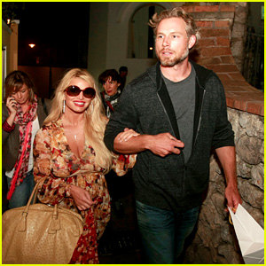 Jessica Simpson & Eric Johnson in Capri, Prepping Wedding?