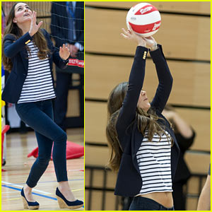 Kate Middleton Shows Flat Stomach 3 Months After Giving Birth!