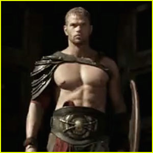 Kellan Lutz: Shirtless 'Hercules' Teaser Trailer - Watch Now!