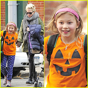 Michelle Williams: Matilda Channels a Cute Pumpkin!