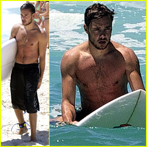 One Direction's Liam Payne: Shirtless Surf Session!