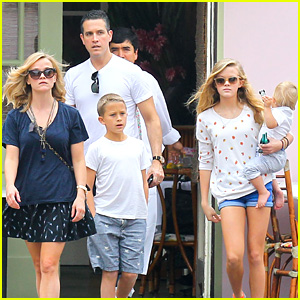 Reese Witherspoon & Jim Toth: Saturday Lunch with the Kids!