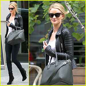 Rosie Huntington-Whiteley: It's Expected for Models to Be Real!