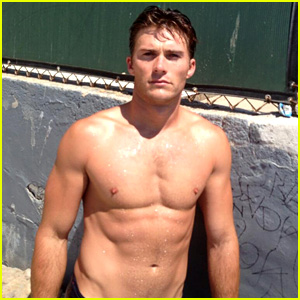 Scott Eastwood Being Considered for 'Fifty Shades of Grey' (Exclusive)