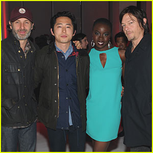 'Walking Dead' Cast: A Decade of Dead Exhibit!