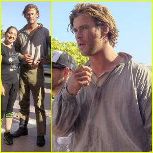 Chris Hemsworth Greets Fans on 'Heart of the Sea' Set!