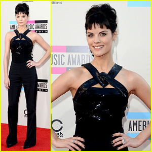 Jaimie Alexander - AMAs 2013 Red Carpet