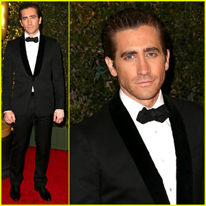 Jake Gyllenhaal Wears Hand Bandage to Governors Awards 2013