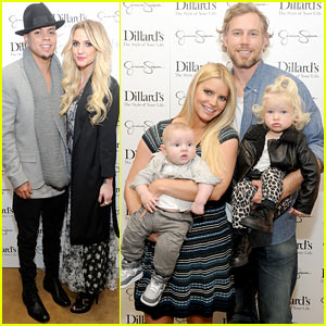 Jessica & Ashlee Simpson: Jessica Simpson Collection Event with the Family!