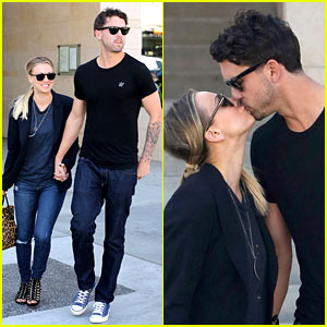 Kaley Cuoco & Ryan Sweeting: Kiss Kiss!