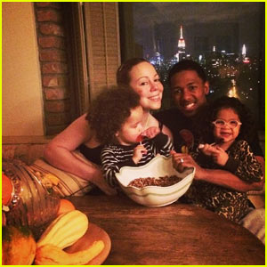Mariah Carey: Thanksgiving Family Photo with Nick Cannon & Twins Moroccan and Monroe