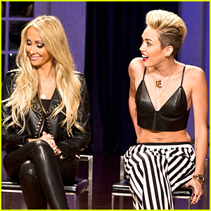 Miley Cyrus: 'Styled to Rock' Promo with Mom Tish - Watch Now!