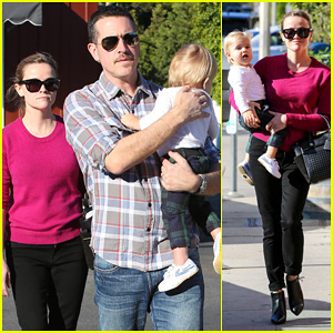 Reese Witherspoon and Jim Toth with their baby boy