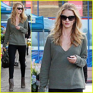 Rosie Huntington-Whiteley: Thanksgiving Grocery Shopping!