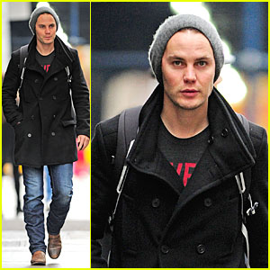 Taylor Kitsch 2013 Girlfriend