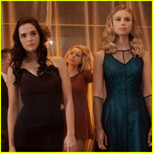Zoey Deutch & Sarah Hyland: New 'Vampire Academy' Trailer!