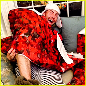 Adam Levine is All Wrapped Up in Behati Prinsloo's Presents!