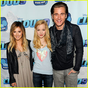 Ashley Tisdale & Dove Cameron: 'Cloud 9' Premiere!