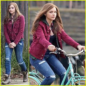Chloe Moretz: Post Thanksgiving Bike Rider for 'If I Stay'