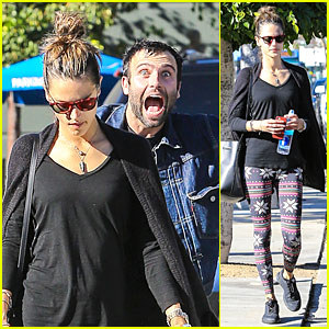 Jamie Mazur Photobombs Alessandra Ambrosio on Christmas Eve!