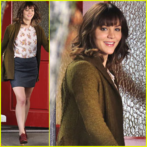 Katharine McPhee Can't Stop Smiling for 'In My Dreams'!