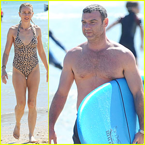 Naomi Watts: Wet & Wild with Shirtless Liev Schreiber!