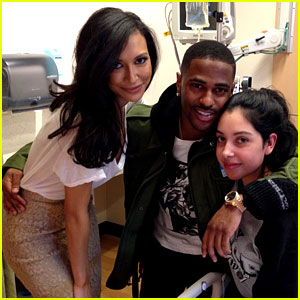 Naya Rivera Visits Children's Hospital with Fiance Big Sean