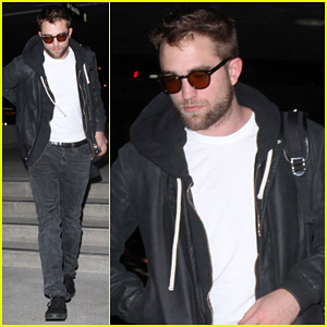 Robert Pattinson: Late Night LAX Departure!