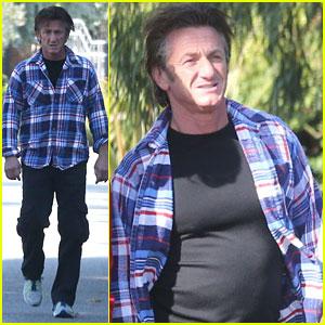 Sean Penn: Casual Afternoon Stroll in Malibu