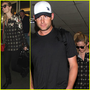 Brooklyn Decker & Andy Roddick Fly the Skies Together!