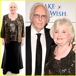 Photo of June Squibb & her friend  Bruce Dern
