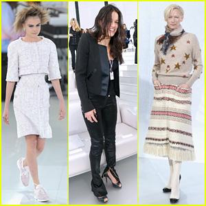 Cara Delevingne & Michelle Rodriguez: Chanel Paris Fashion Show!