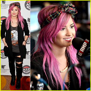 Demi Lovato Shows Off New Pink Hair for Grammys Interviews!