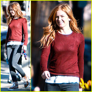 Isla Fisher Runs Errands Before SAG Awards!