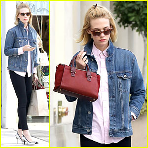 Superb January Jones Supports Denver Broncos Before Super Bowl 2014 Hairstyle Inspiration Daily Dogsangcom