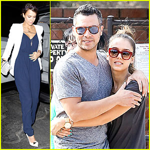 Jessica Alba & Cash Warren: All Wrapped Up at Beverly Hills Park!