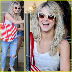 Julianne Hough: Ready to Make Habits in 2014!