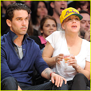 Kaley Cuoco Shows off Wedding Ring at Lakers Game!