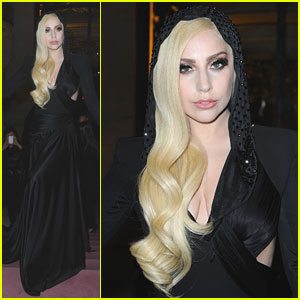 Lady Gaga: Front Row for 'Atelier Versace' Paris Show