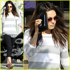 Mila Kunis Hides Her Face After Parking Ticket Blues
