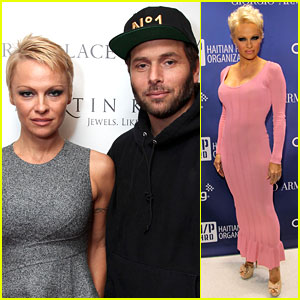 Pamela Anderson Remarries Rick Salomon - See the Wedding Ring!